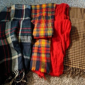 Accessories - Large blanket scarf bundle